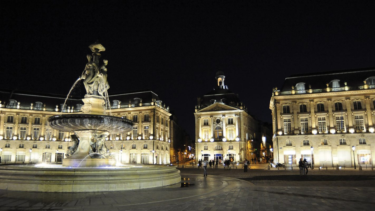 la place de la bourse le map bordeaux local city guide. Black Bedroom Furniture Sets. Home Design Ideas